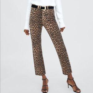 NWT Zara Leopard High Waisted Straight Jeans